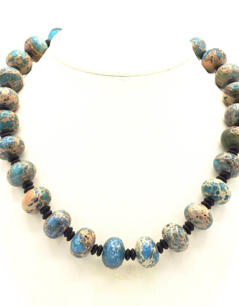 Halsketting met blauwe Amazoniet kralen