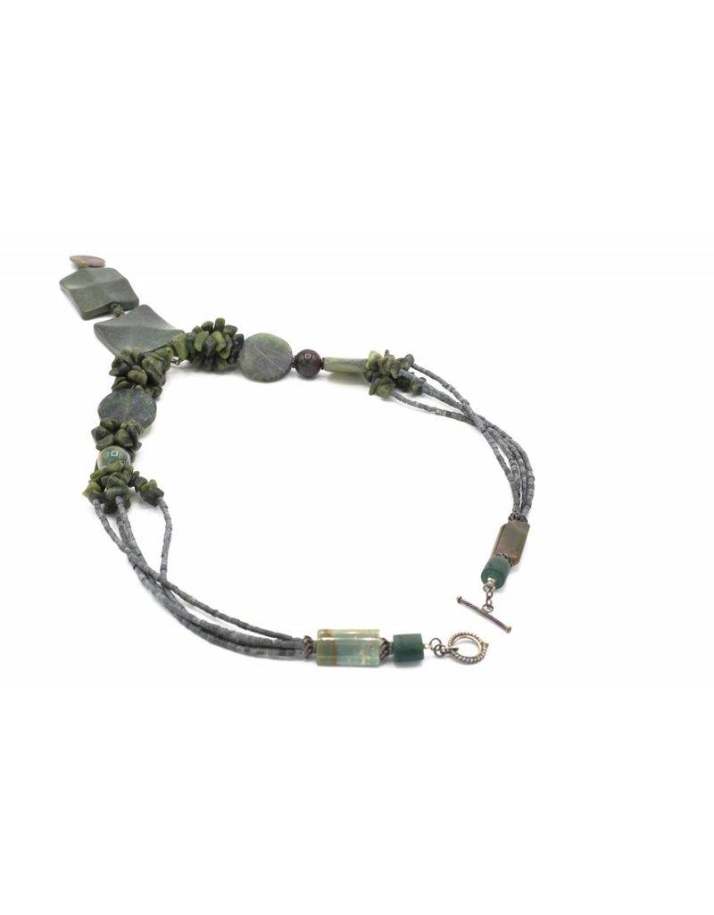 Donkergroene medaillon halsketting