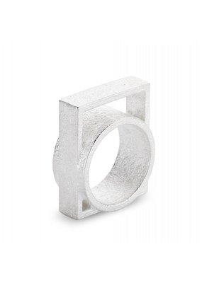 Ola Ring with large square silver