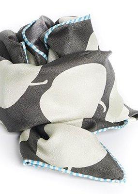 Hellen Van Berkel Vierkanten zijde sjaal met appels grijs/beige
