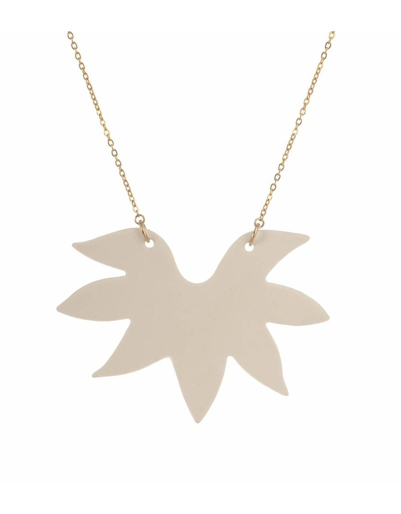 Mme Butterfly Necklace with pendant spines white