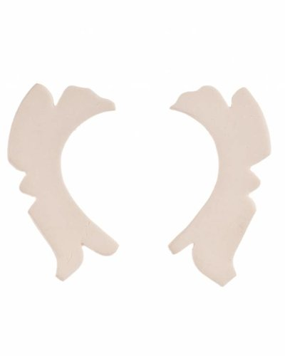 Mme Butterfly Oorbellen stekers onregelmatig lang wit