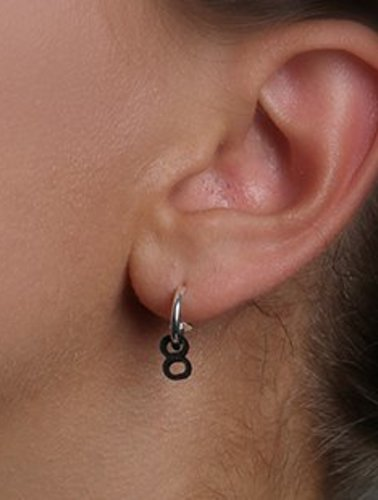 Ola Minimal Tube Earring 2 Black