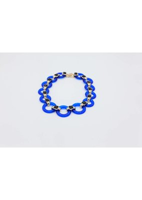 Necklace with blue links