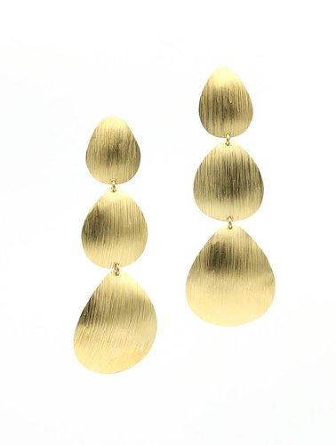 Manuel Opdenakker Oorbellen 3 plaatjes goud mat met strepen