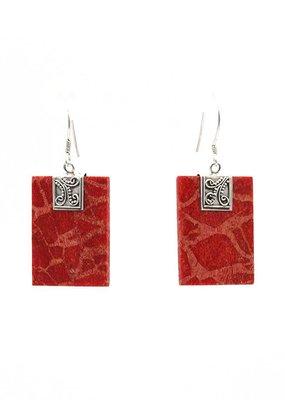 Oorbellen hangers rechthoeken koraal rood