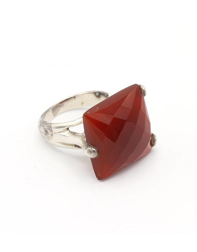 Ring vierkante steen oranje