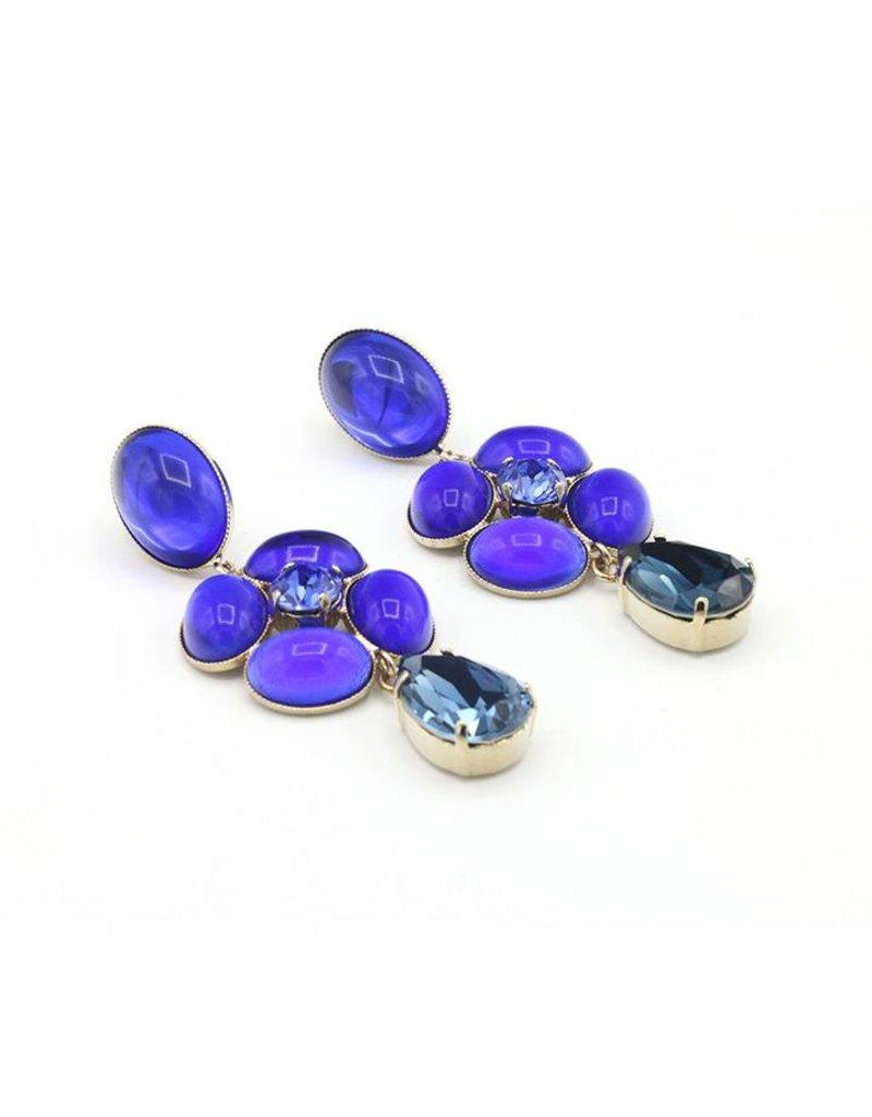Philippe Ferrandis Oorbellen stekers verschillende stenen bloem blauw