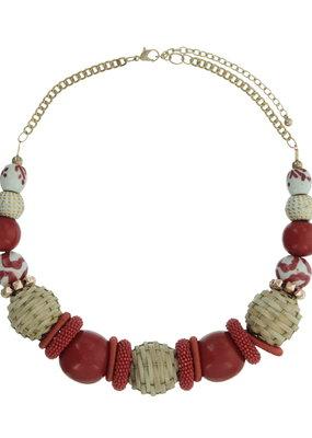 Halsketting kort met rode en beige kralen