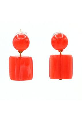 Oorbellen knop en rechthoekige hanger rood