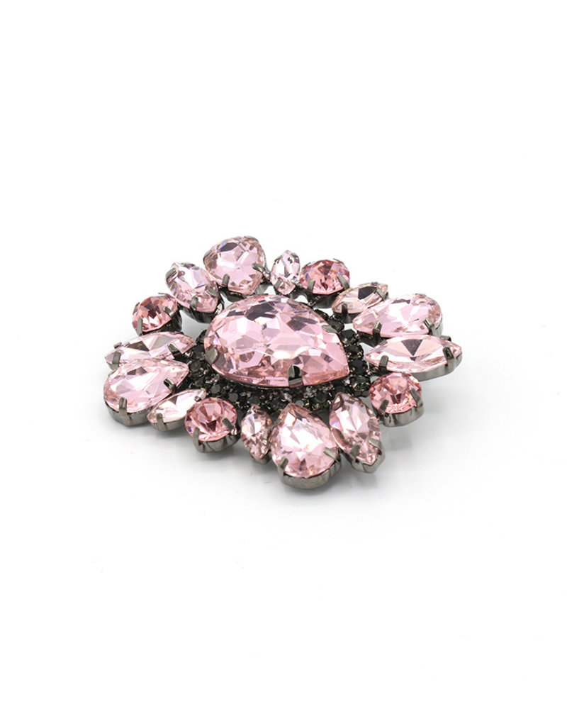 Brooch square pink stones