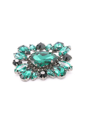 Brooch square green stones