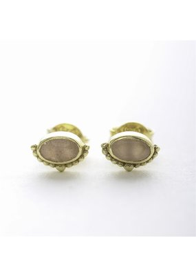 Muja Juma Oorbellen oval crown peach moonstone gold plated