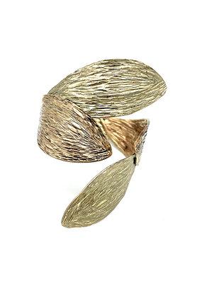Tina Kotsoni Armband vast blaadjes goud/beige