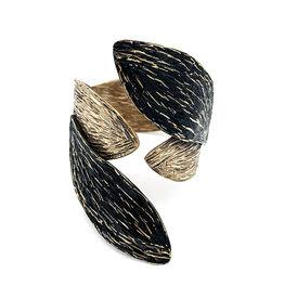 Tina Kotsoni Armband vast blaadjes goud/zwart