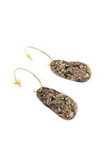 Tina Kotsoni Oorbellen hangers onregelmatig goud
