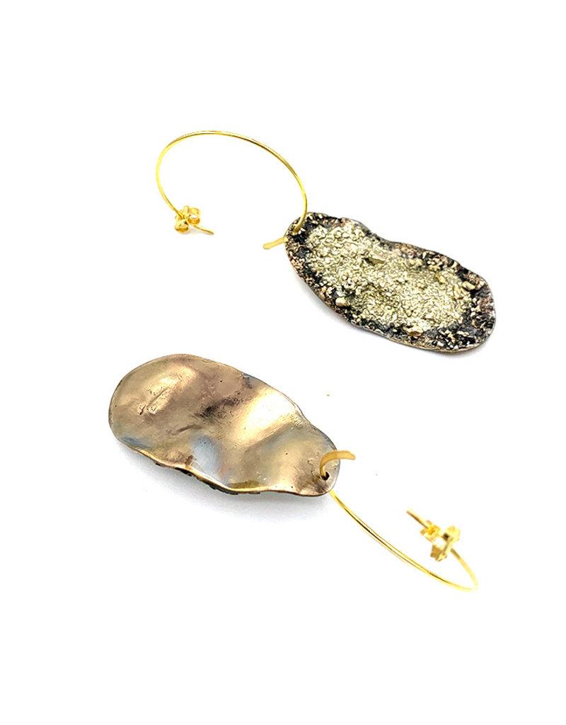 Tina Kotsoni Oorbellen hangers onregelmatig zilver
