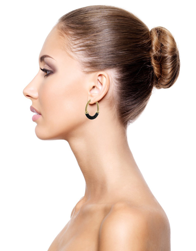 Barong Barong Earrings gold with stingray skin Black