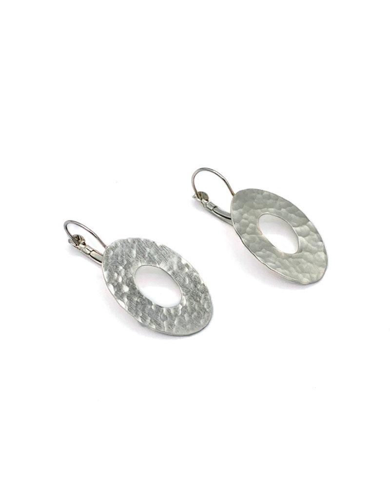 Replica Oorbellen hangers open ovalen reliëf zilver