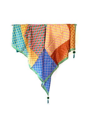 Sjaal zijde multicolor pompons roze
