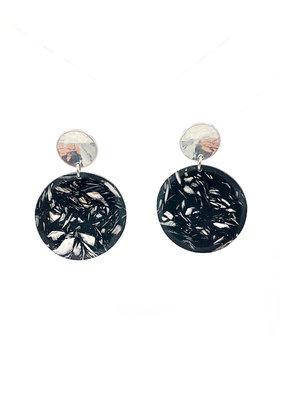 Oorbelen stekers zilveren ronde knop en zilveren/zwarte cirkel