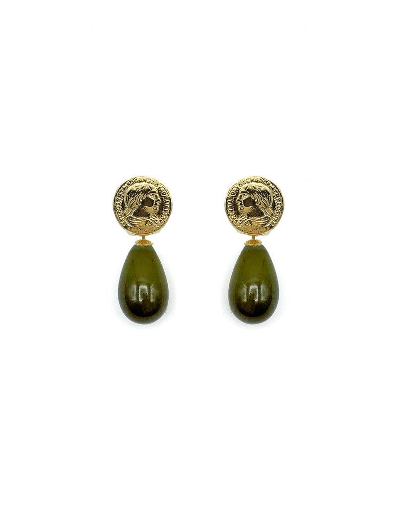 Heide Heinzendorff Wisselhangers kwartsglas kaki groen druppel 30x15mm gouden top