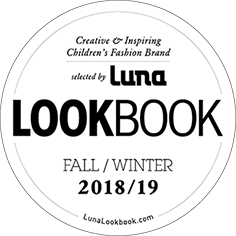 Luna Lookbook Siegel