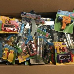 Huismerk 100 STUKS |  PEPPA PIG XXL MIX Uitdeelcadeautjes | Peppa Pig Speelgoed Traktatie / Trakteren Kado's voor Kinderverjaardag of Kinderfeestje (100 stuks)
