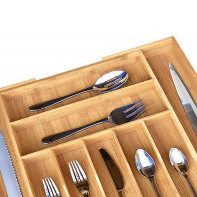 Decopatent Uitschuifbare bestekbak voor keukenla – 7 Vaks -> Uitschuifbaar naar 9 Vaks - Bestek organizer van hoogwaardig bamboe hout – Bestekcassette uitschuifbaar - 34-49 x 44 x 6 Cm. - Decopatent®