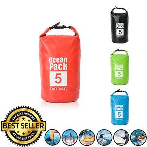 Decopatent Waterdichte Tas Ocean Pack 5L - Waterproof Dry Bag Sack - Schoudertas Droogtas 100% Waterdicht - Survival Outdoor Drybag Rugzak - Survival Bag plunjezak - Outdoor Tas - Reistas - Boottas - Zeiltas - Drybags 5 Liter - Kleur: ROOD - Decopatent®