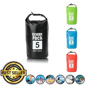 Decopatent Waterdichte Tas Ocean Pack 5L - Waterproof Dry Bag Sack - Schoudertas Droogtas 100% Waterdicht - Survival Outdoor Drybag Rugzak - Survival Bag plunjezak - Outdoor Tas - Reistas - Boottas - Zeiltas - Drybags 5 Liter - Kleur: ZWART - Decopatent®
