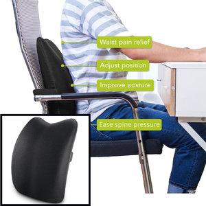 Decopatent Decopatent® Memory Foam Rugsteun Kussen - Lendenkussen - Rugkussen voor bureaustoel - Lendesteun - Stoel kussen met riem - Zwart