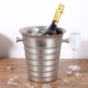 Decopatent Decopatent® RVS ijsemmer - Champagne ijs emmer met handvat - Champagnekoeler - Drankemmer - Wijnkoeler - 26x22x22.5 Cm - Zilver