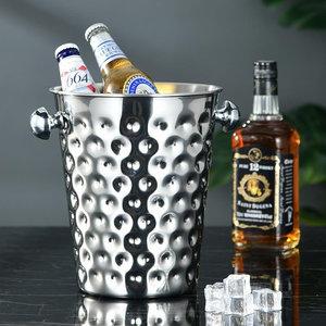 Decopatent Decopatent® RVS ijsemmer - Champagne ijs emmer met handvat - Champagnekoeler - Drankemmer - Wijnkoeler - 26x20x23.5 Cm - Zilver