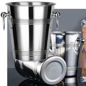 Decopatent Decopatent® RVS ijsemmer - Champagne ijs emmer met handvat - Champagnekoeler - Drankemmer - Wijnkoeler - 18.5x18.5x23 Cm - Zilver