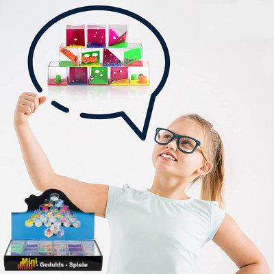 Decopatent Decopatent® Uitdeelcadeaus 24 STUKS Geduldspelletjes Kubus - Traktatie Uitdeelcadeautjes voor kinderen - Klein Speelgoed Traktaties