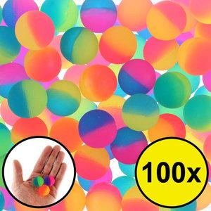 Decopatent Decopatent® Uitdeelcadeaus 100 STUKS Frosted Stuiterballen Ø2.7 Cm - Traktatie Uitdeelcadeautjes voor kinderen - Klein Speelgoed