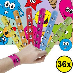 Decopatent Decopatent® Uitdeelcadeaus 36 STUKS Smiley Klaparmbandjes - Traktatie Uitdeelcadeautjes voor kinderen - Speelgoed Traktaties