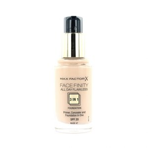 Facefinity All Day Flawless 3-in-1 Foundation - 47 Nude