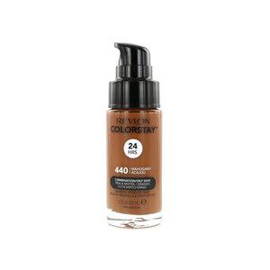 Colorstay Matte Finish Foundation - 440 Mahogany (Combination/Oily Skin)