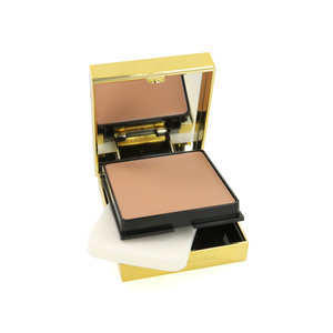 Flawless Finish Sponge-On Cream Makeup Foundation - 02 Gentle Beige