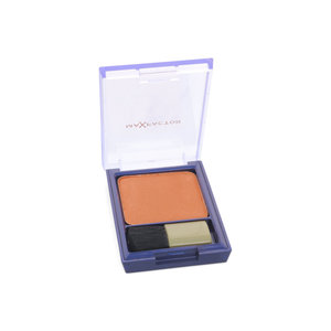 Flawless Perfection Blush - 215 Sable