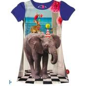 De kunstboer Mooi blauw kleedje met korte mouwen en een olifant met een feesthoed
