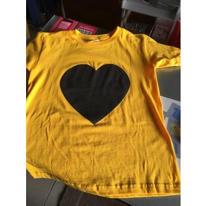 Little Mashers Gele krijt T-shirt met een hartje