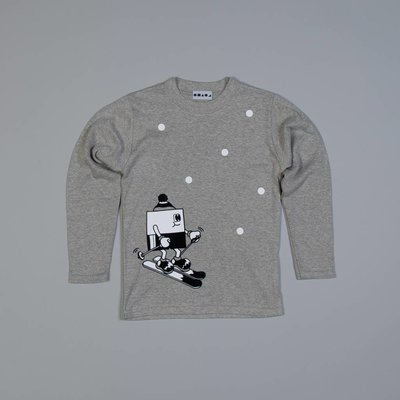 Shapes of things Grijze longsleeve met skieër in de sneeuw