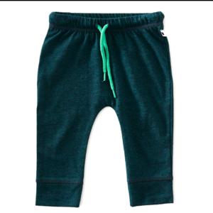 little label Groen babybroekje