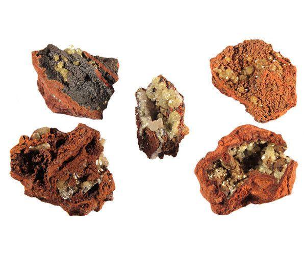 Adamiet kristallen op limoniet 50 - 100 gram