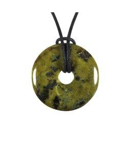 Pyriet in serpentijn hanger donut 3 cm