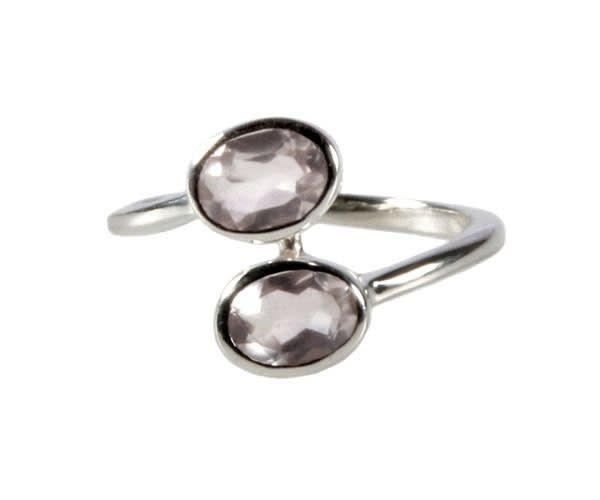 Zilveren ring rozenkwarts maat 18 | 2 ovalen (zeer licht)