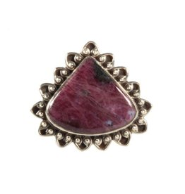 Zilveren ring robijn maat 18 1/4 | druppel 2 x 1,6 cm